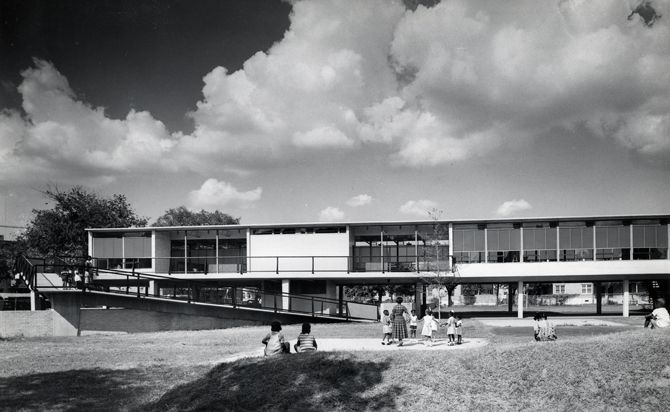 Curtis and Davis, architects. Frank Lotz Miller, photographer. Thomy Lafon School. Undated. Curtis and Davis Office Records © Southeastern Architectural Archive.