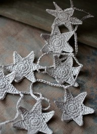 Crochet Star Garland -I want one in silver