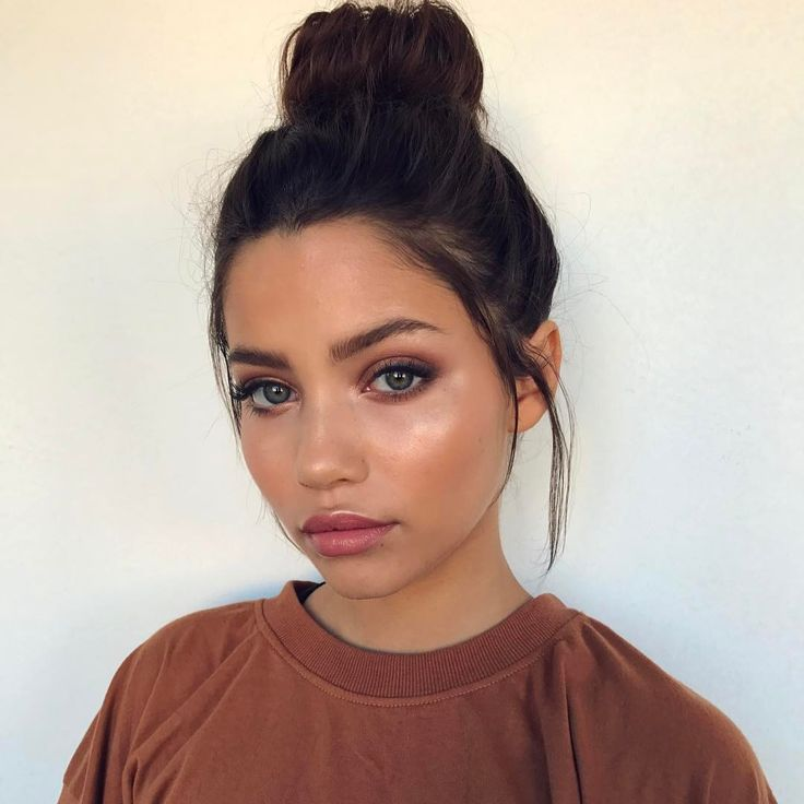 how to get a natural dewy makeup look