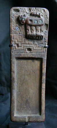 "Tiahuanacao Snuff tablet (""rapero""), Lombards Museum"