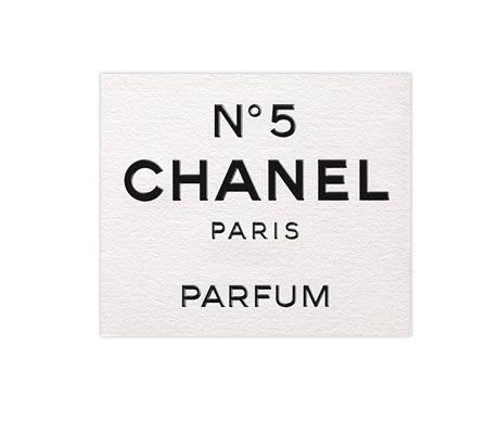 Etiquette du flacon de parfum N°5 de CHANEL