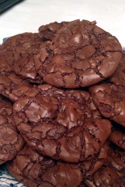 Dark Chocolate Brownie Cookies. Recipe for crunchy outside, like a brownie…