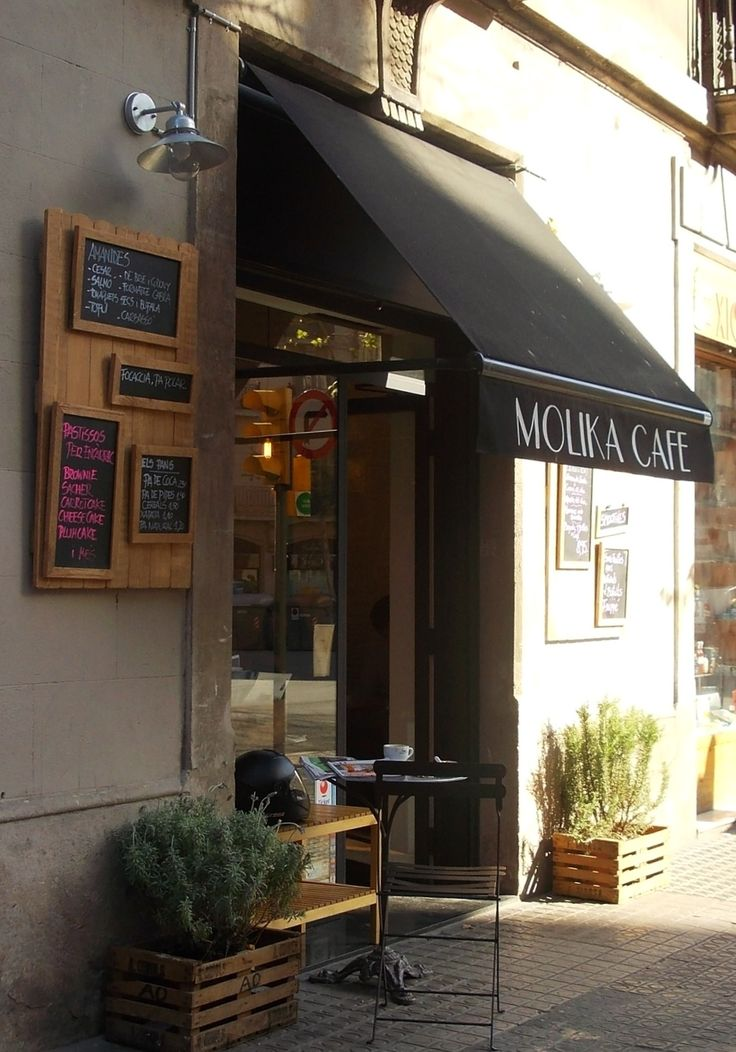 Molika Cafe, Barcelona Inviting, love the colour scheme & natural materials