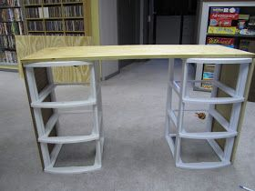 Living My Life On Purpose: DIY Girl's Vanity...could do two back to back to make a Lego table...