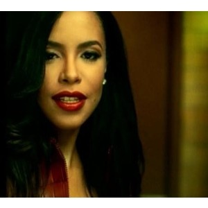 Aaliyah-Looking Gantastic as always, We Miss You so Much !!!!