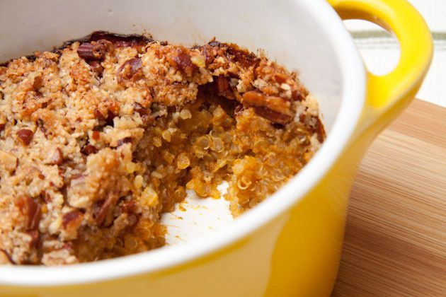 This may have been pinned already... but it looks so YUMMY i'm posting again.... pumpkin pie quinoa breakfast bake