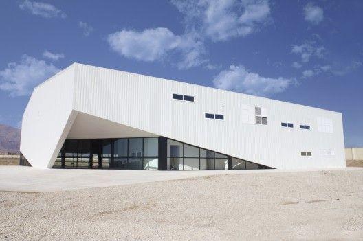 Noor-e-Mobin Sports Hall (FEA studio) Semnan, Iran