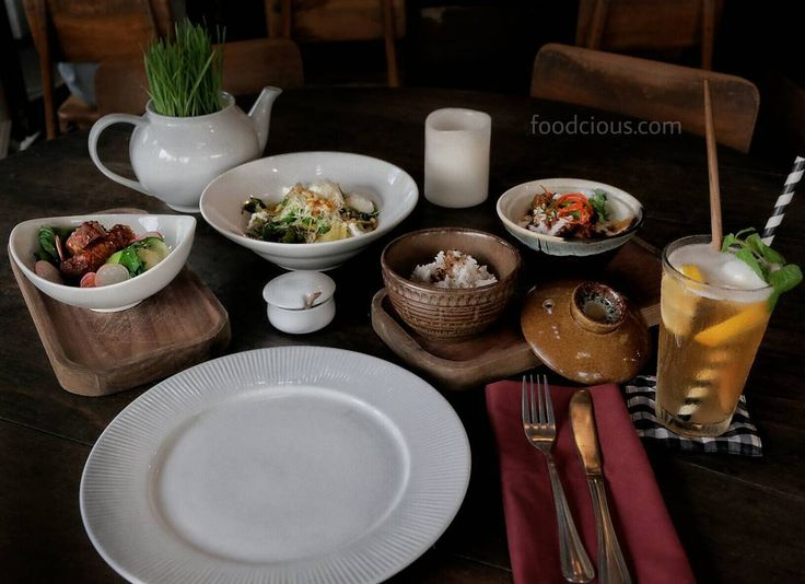 #Bali #Batubelig cari ide makan malam yg seru & nikmat? Sudah coba @Watercress Malam? Beberapa menu makan malam baru mereka wajib kalian coba. Read our story while dinning in Watercress and find out what menu that we recommended for you at foodcious.com (link available at  @foodcious)
