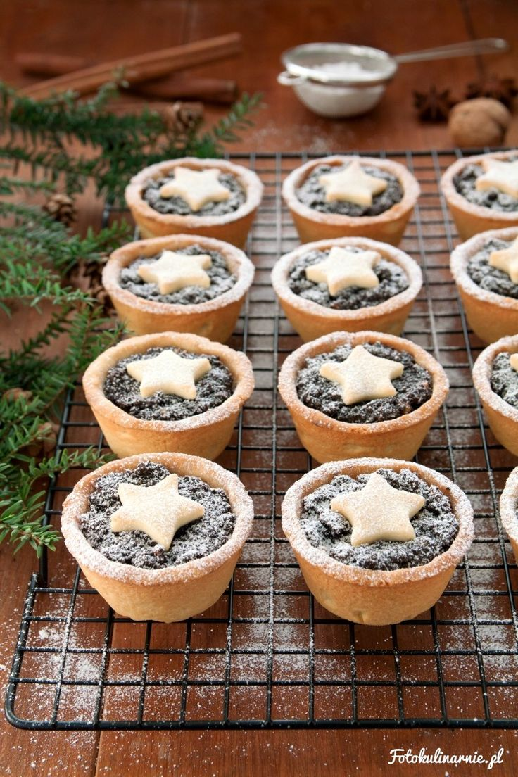 Poppy Seed Shortbread Mini Christmas Tarts.