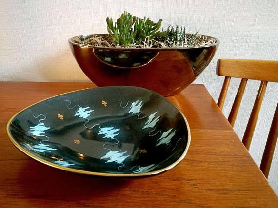 Mid Century Modern dish . German Mid Century triangle plate . Waechtersbach Tokyo pattern serving dish . MCM 50s Atomic ceramic china plate