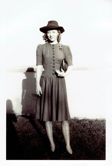 40s snapshot woman dress hat purse shoes found photo day wear swing dress street style What Did Women Wear in the 1940s? Here Are 40 Vintage Snapshots Show Everyday 1940s Women's Fashions