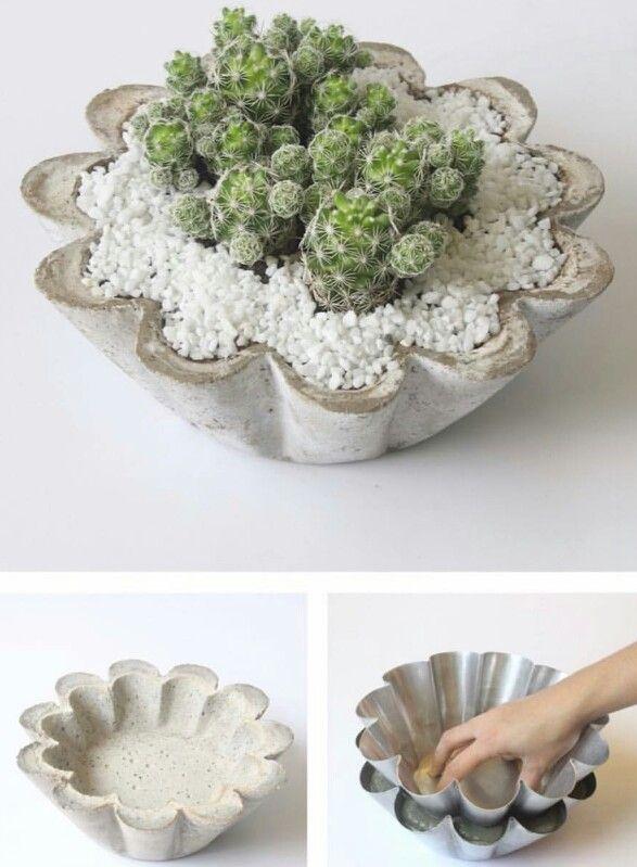 Vaso de concreto com fôrma de bolo