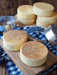 牛乳パックをセルクルに!お家でふわもち「イングリッシュマフィン」を作ろう! | レシピサイト「Nadia | ナディア」プロの料理を無料で検索