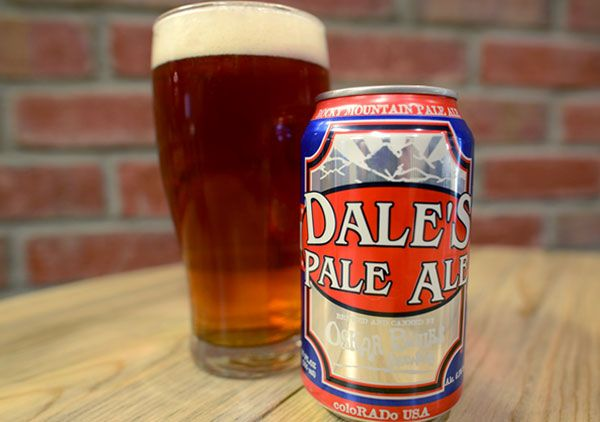 This copiously hopped pale ale packs a hoppy nose and assertive but balanced flavors of pale malts and citrusy floral hops from start to finish. When poured, this copper-hued beer delivers a thick, lacy head. It isn't shy: you'll be overtaken by hops, but after a second sip you'll notice a solid balance with the pale malt. The next sip you'll start to pick up on the citrus flavors (lemon and orange), and before you know it you'll need to refill your glass. This Oskar Blues Dale's Pale Ale…