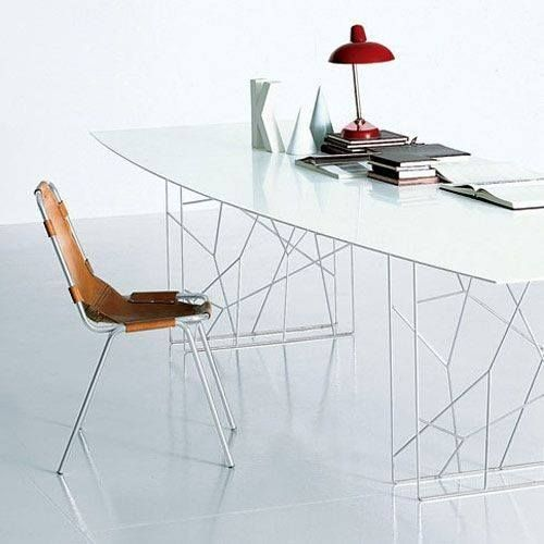 Porro design tables and chairs