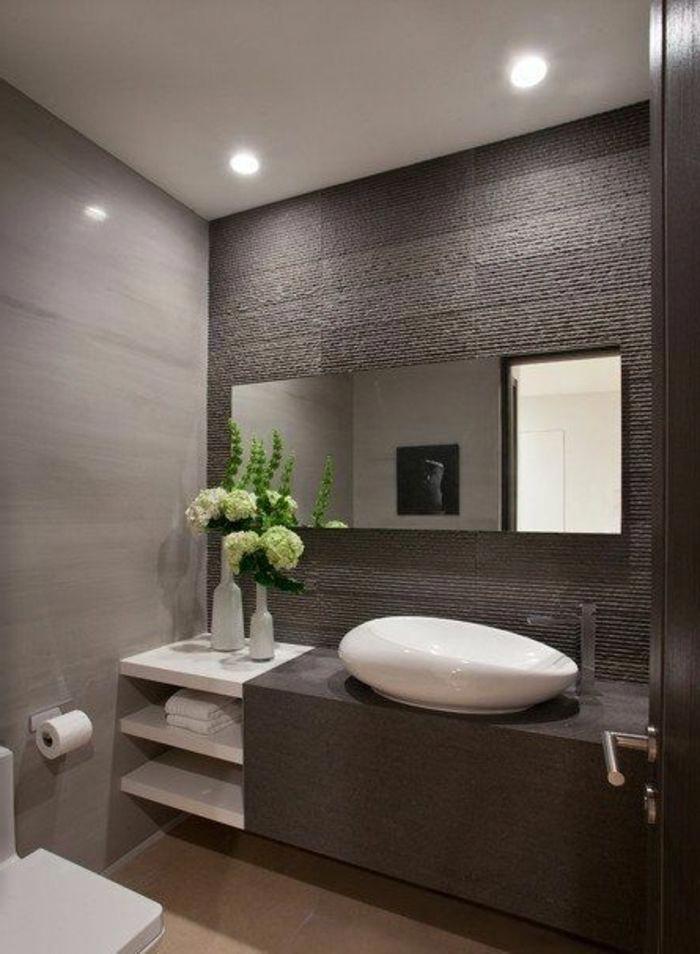 Fleurs Dans La Salle De Bain Moderne Avec Meubles Mobalpa Listed Achats Badezimmer Beispiele Badezimmer Badezimmer Innenausstattung