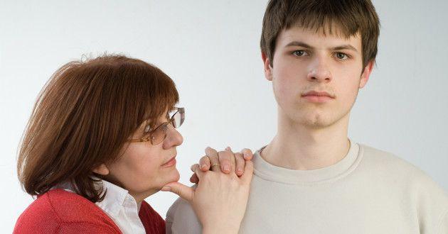 6 maus hábitos que machucam sua relação com filhos adultos