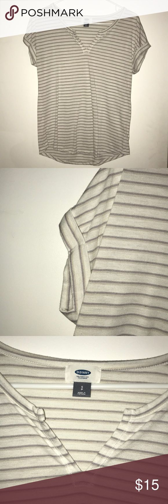 Striped t-shirt Gray and white Striped t-shirt. Folded sleeves and v-neck. Worn twice and in perfect condition. Old Navy Tops Tees - Short Sleeve