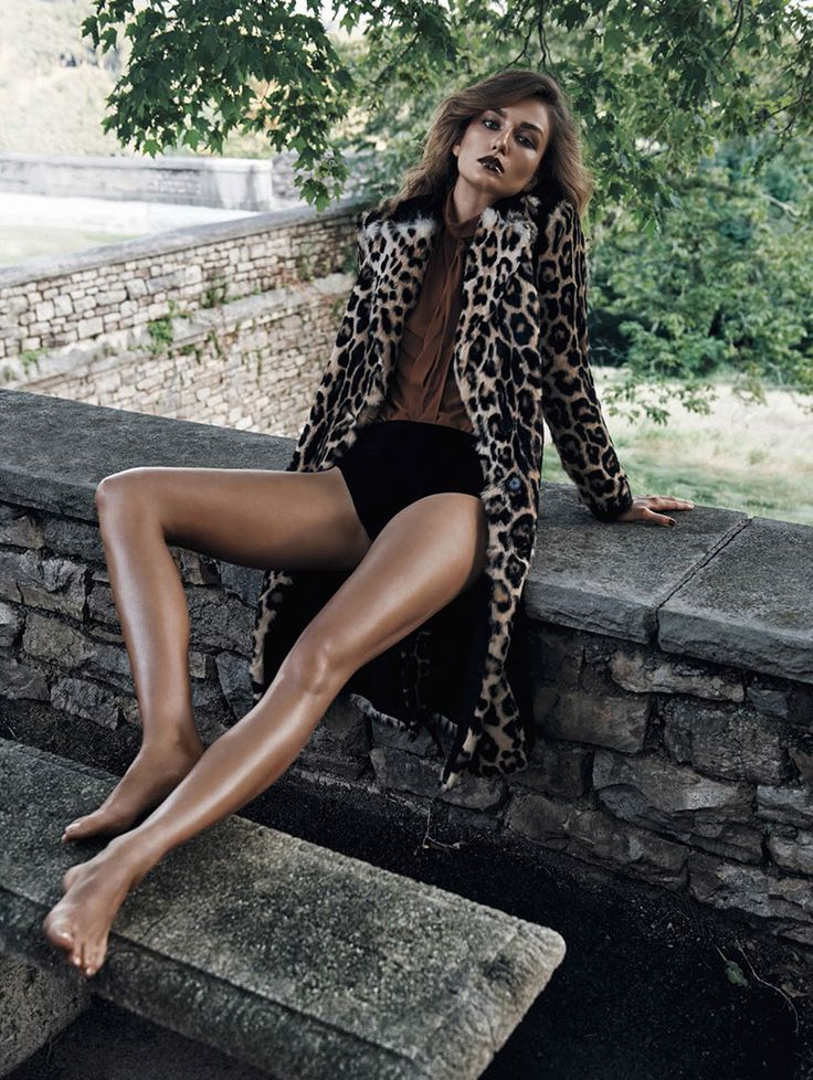 Andreea Diaconu by Lachlan Bailey for Vogue China November 2015 - Page 2   The Fashionography