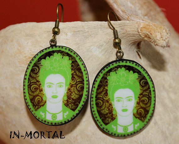 Frida Kahlo groene Vintage portret oorbellen, Retro Frida Kahlo portret oorbellen, handgemaakte houten Decoupage techniek