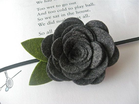 Felt flower headband in gray - Chelsea