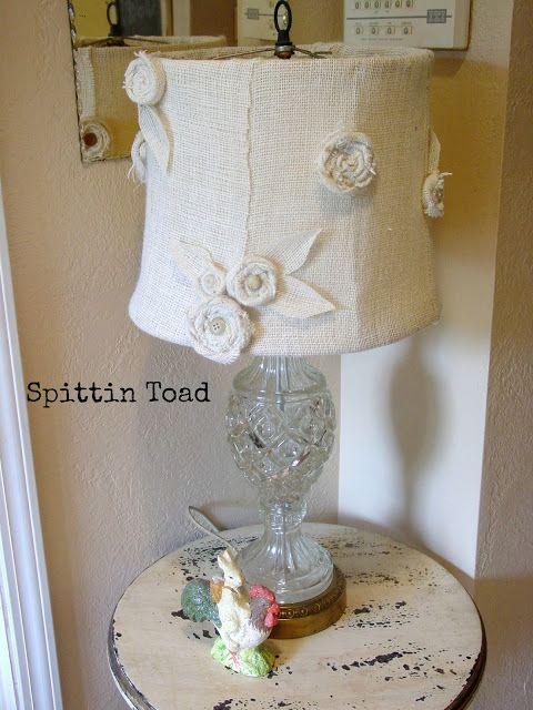 Spittin Toad: Burlap Lamp Shade DIY