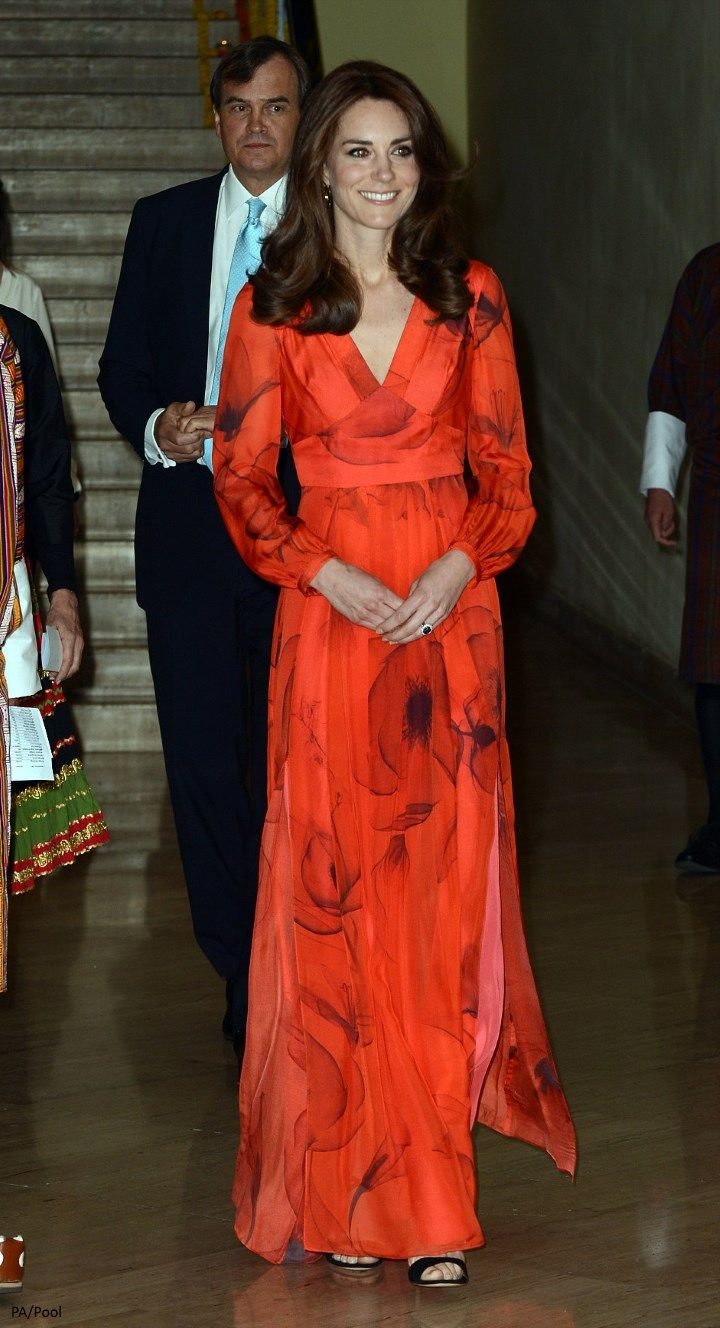 hrhduchesskate: Royal Tour 2016, Day 6, Reception, Taj Tashi Hotel, Bhutan, April 15, 2016-For the evening reception at the end of their visit, the Duchess of Cambridge debuted a Beula London Juliet silk chiffon gown with crimson poppy print (the Himalayan blue poppy is the national flower of Bhutan), accessorized with Gianvito Rossi Crisscross Ankle-Wrap Sandals and Cassandra Goad 'Temple of Heaven' earrings