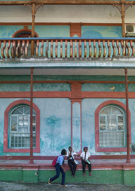 Girls In Front Of An Old Portuguese Colonial Building, Inhambane, Mozambique by Eric Lafforgue