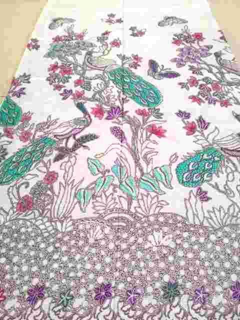 motif kain batik solo putih kt93