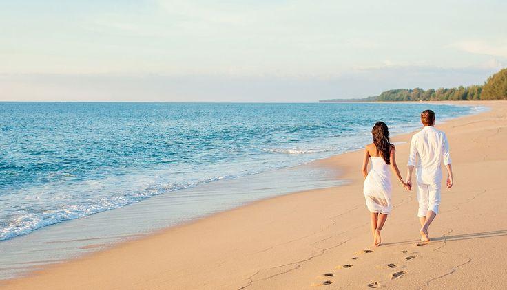 Com a correria dos preparativos do casamento, planejar sozinhos a #LuaDeMel é uma missão quase impossível, né? Por isso estamos aqui, para ajudar vocês! Criamos diversos pacotes para vários destinos diferentes, especialmente para essa data 💙 Basta escolher aqui: https://wefly.com.br/tag/160/lua-de-mel