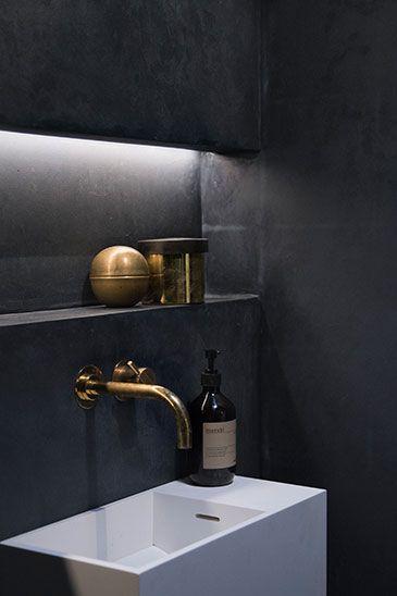 BAKS ARKITEKTER - bathroom, Denmark. Nordic architecture, house, design, scandinavian, texture, marble, bath, minimalistic, meraki, vola, brass, messing, Kabe spartel, lighting