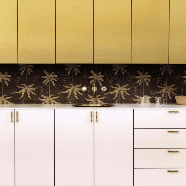 Avoir un mobilier original à moindre prix c'est possible avec Bocklip. Cette jeune marque lancée par deux expertes de l'agencement sur-mesure, propose des collections haut de gamme de façades de portes, de tiroirs et d'accessoires qui s'adaptent et se clipsent aux caissons IKEA. La gamme de couleurs et de finitions est à la fois élégante, intemporelle et ultra tendance. Pour un projet neuf ou de rénovation, BoCklip permet d'obtenir une cuisine, une salle de bains ou un dressing personnalisés…