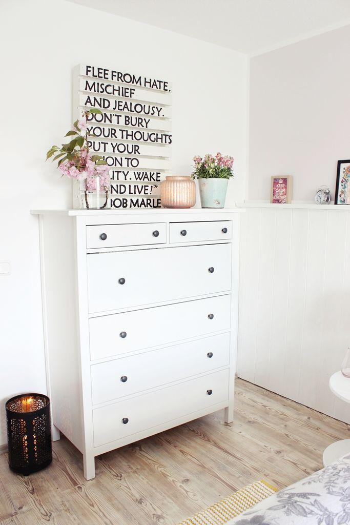 die besten 25+ kommoden dekorieren ideen auf pinterest - Farbige Kommode Fr Weisses Schlafzimmer Ideen