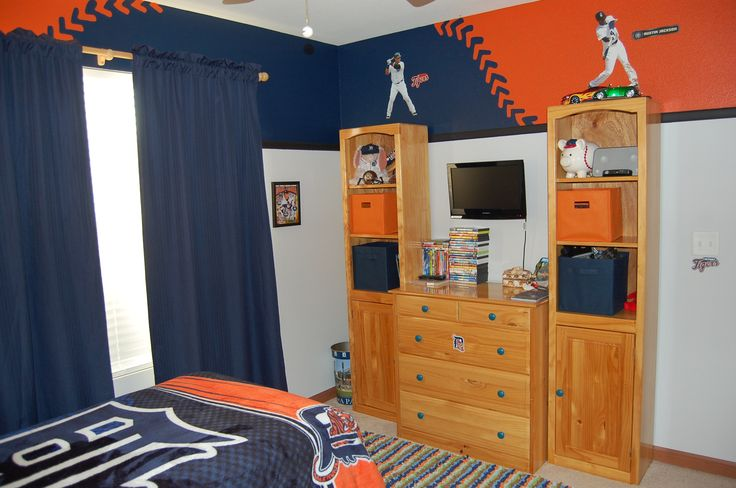 17 best images about detroit tigers bedroom decor ideas on for Colts bedroom ideas