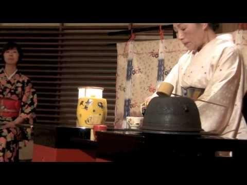 Belbooks and Irina Bjørnø participates in tea ceremony in Kyoto, Japan, 11.03.2013 www.belbooks.dk - more secrets from around the world!!!