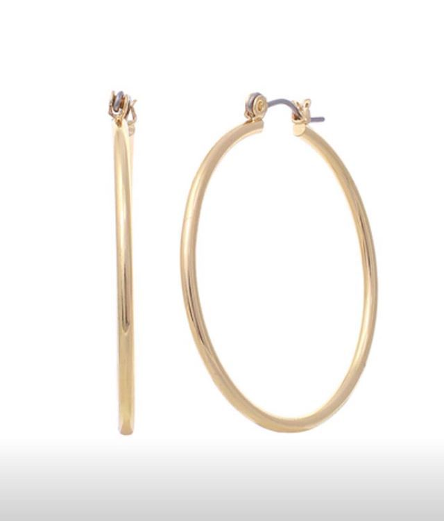 Ladies your favorite gold hoops are back in store! Come get yours before they are all gone!! #stellalouiseboutique #shopwithus #hereingreer
