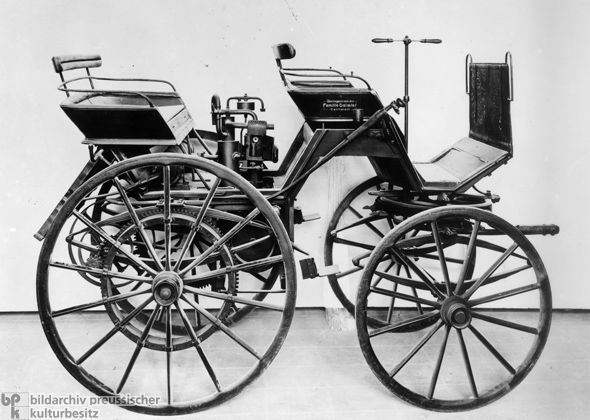 Automobile First Motor Car | Gottlieb Daimler's First Automobile (March 8, 1886)