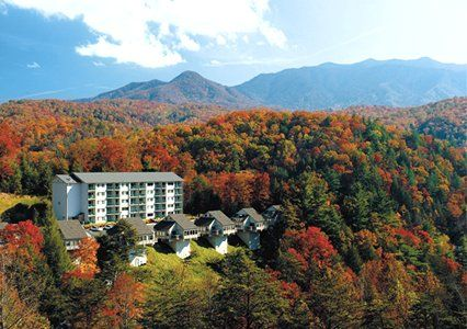 Explore the vast and beautiful Smoky Mountains during a getaway to Bluegreen Vacations MountainLoft™, an Ascend Resort in Gatlinburg, TN.
