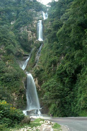 Panajachel, Guatemala | Cascade in Panajachel, Guatemala by Quasebart