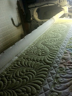 Fabulous feather machine quilting