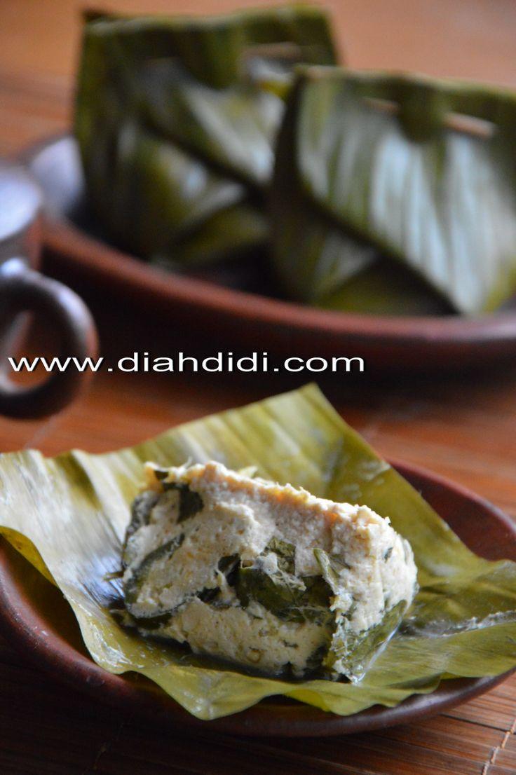 Diah Didi's Kitchen: Pepes Tahu Ebi