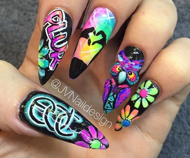 Rave nails