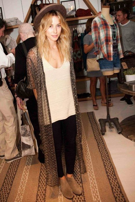 gillian zinser in a boho-chic printed wrap -- I BET ITS LIKE WEARING A CAPE!!!