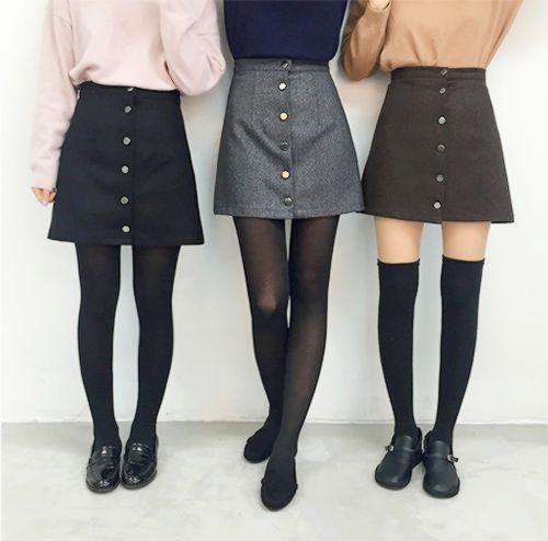 Button up high waisted dark skirts outfit