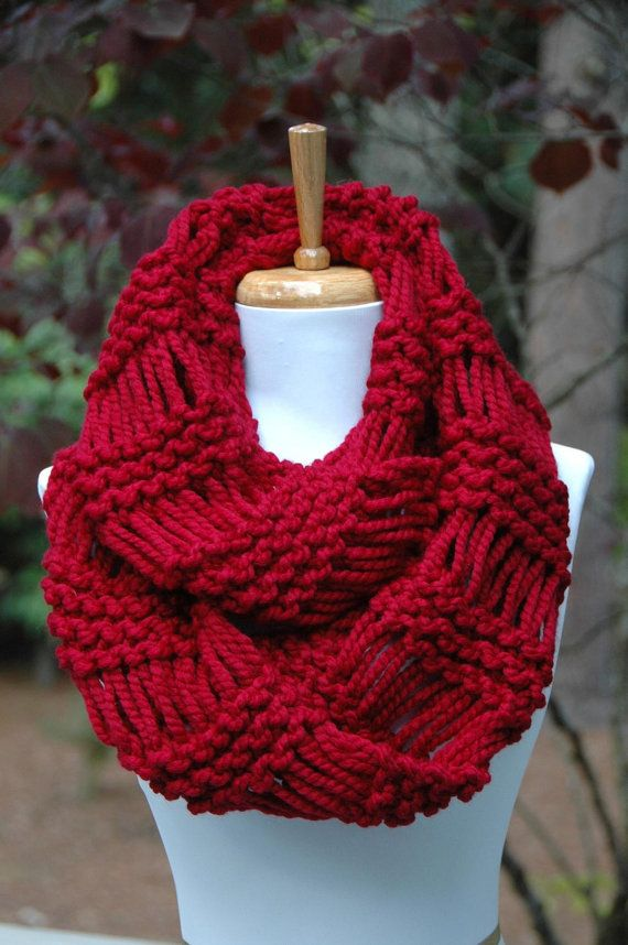 Chunky Scarf, Knit Scarf, Circle Scarf, Cranberry Red, Infinity Scarf, Women…