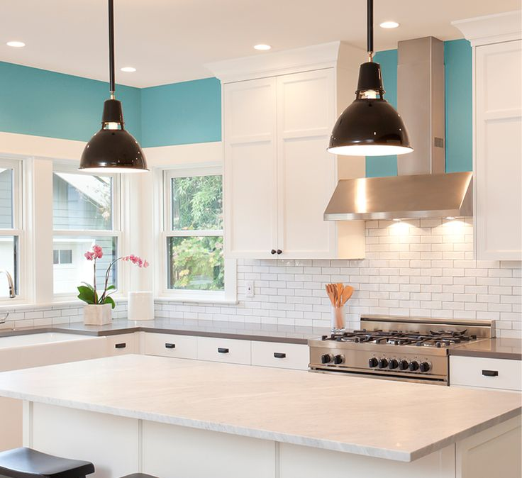 Check out our 5 Freshest Kitchen colors selected by Sherwin-Williams color expert, Sue Wadden, to give your kitchen a warm look and feel. >