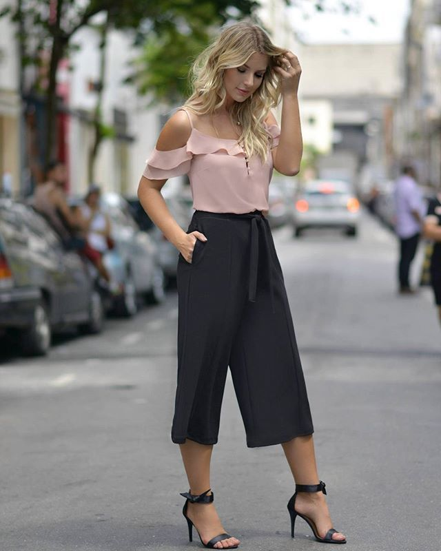 {Preview} Blusa linda com babados + pantacourt!