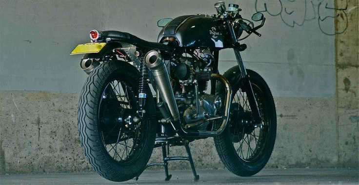 The bike is a 1973 bonneville, matching engine and frame numbers. This is one of the early bonnies with the 724cc motor not the 750cc.Motorcycles Stuff, Matchless Motorcycles, Bikes Stuff
