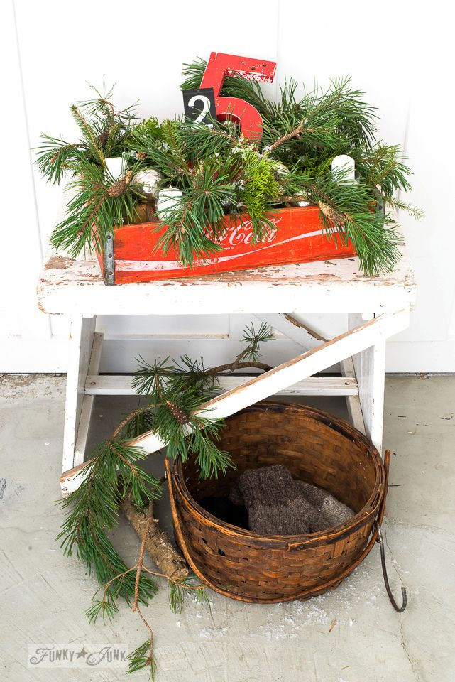 A mix of greens in this cute coke crate Christmas candle centrepiece / funkyjunkinteriors.net