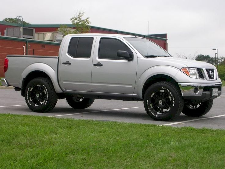 Nissan Frontier Lifted 4x4 Trucks affordable http://pistoncars.com/nissan-frontier-lifted-4x4-trucks-3265